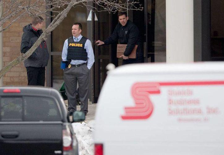 Las autoridades aún no informan el motivo por el que se dio un tiroteo en la empresa de seguridad Shields Business Solutions, en New Jersey. (AP)