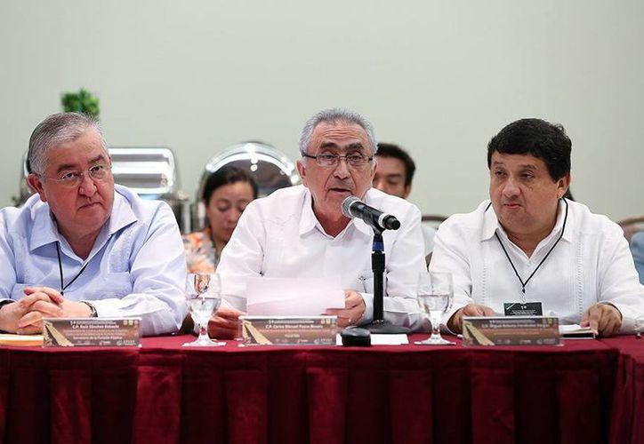 El encuentro fue organizado por la Contraloría estatal y la SFP. (Milenio Novedades)