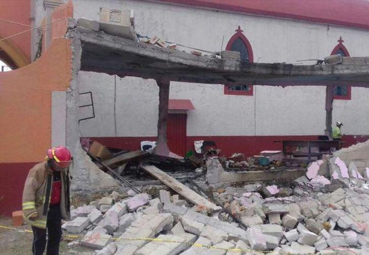 El lugar fue acordonado por elementos del Ejército mientras se realizan los peritajes para determinar las causas de la explosión. (Televisa News).