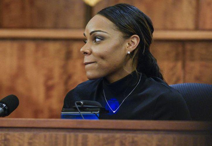 Shayanna Jenkins reveló que Hernández estaba borracho en las horas previas al asesinato de Odin Lloyd. (AP)