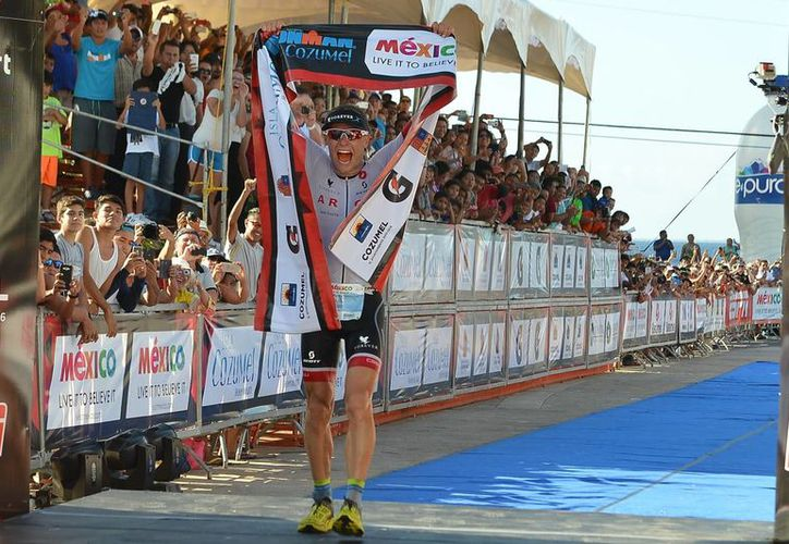 Stefan Schmid finalizó con un tiempo total de 08:12:27. (Gustavo Villegas/SIPSE)