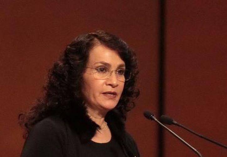 La legisladora perredista Dolores Padierna cuestionó la redacción del Pacto por México. (Notimex)