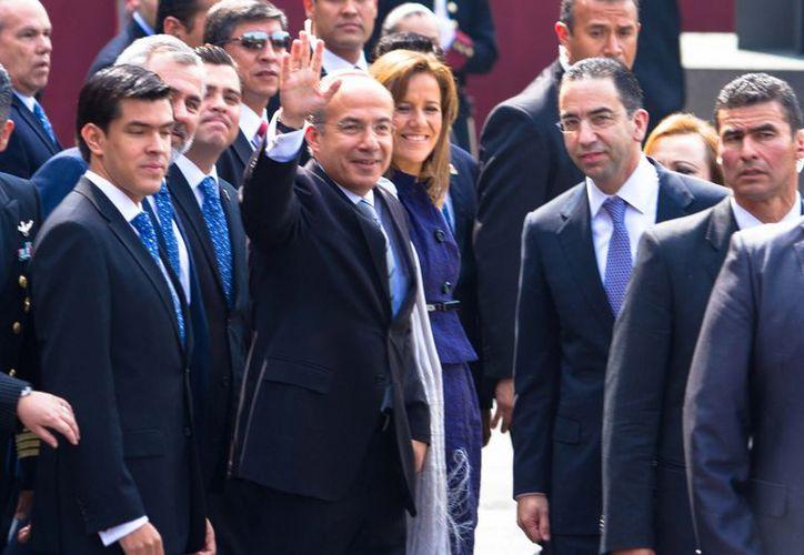 Calderón respaldó las acciones del Estado Mayor en favor de ex mandatarios como Salinas y Zedillo. (Notimex)