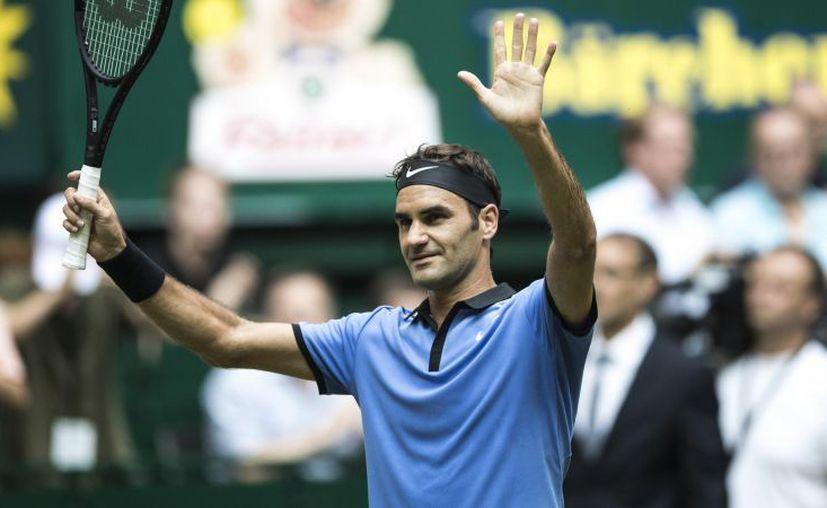 Federer firma en Halle su cuarta final de la temporada 2017. (Getty)