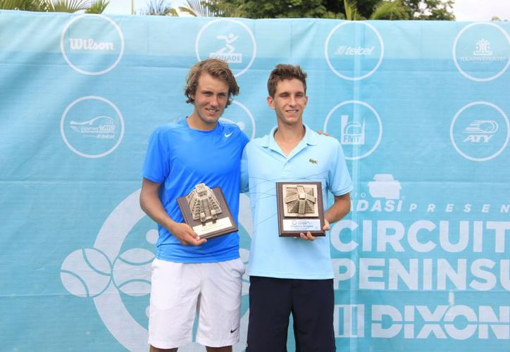 El campeón francés Lucas Pouille y el canadiense Filip Peliwo  (Marco Moreno / SIPSE)
