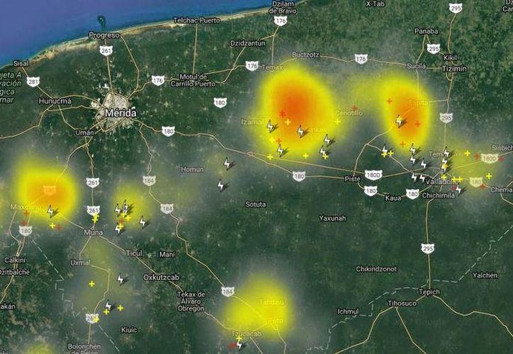 Mapa de Meteorología Yucatán en el que advirtió de celdas de tormenta que se aproximaban a Merida. (Twitter: @ClimaYucatan)