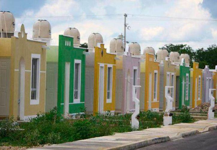 El precio de las viviendas en Yucatán se incrementará hasta 10 por ciento en 2016, adelantó la CMIC. (SIPSE)