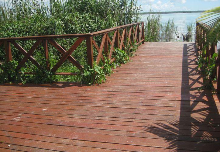 La falta de recursos frenó la rehabilitación de los espacios para el disfrute de las familias bacalarenses. (Javier Ortiz/SIPSE)