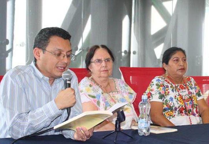 Tan sólo en los últimos meses de 2013 se publicaron en Yucatán 35 textos de poesía, novela, cuento, dramaturgia y crónica, con temas infantiles, en maya, sobre las artes visuales, la arquitectura, etc. (Milenio Novedades)