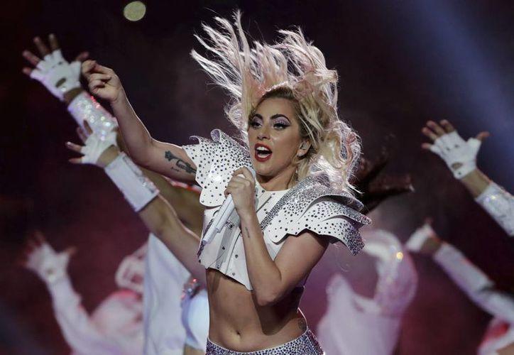 Lady Gaga se presentó en los Premios Grammy en 2016, ahora lo hará junto a la legendaria banda Metallica.(Matt Slocum/AP)