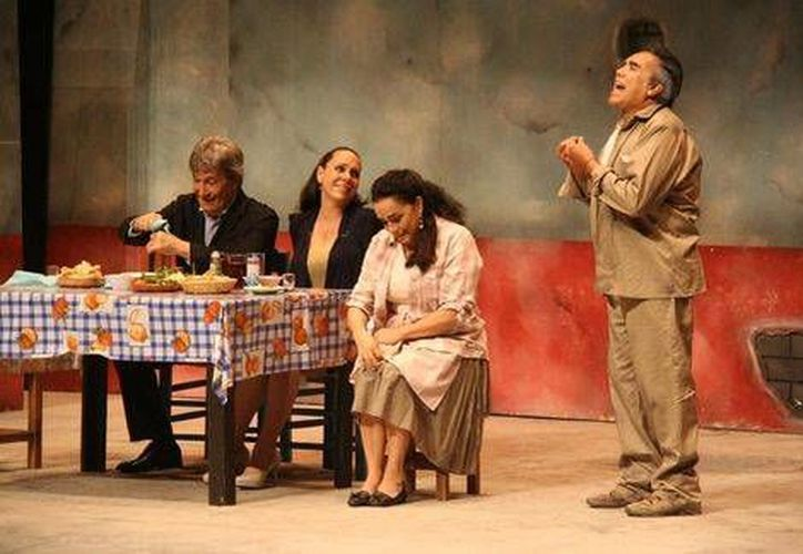 La obra 'Made in México', protagonizada por Juan Ferrara, Laura Flores y Alejandro Suárez, se presentará el próximo 18 de enero, en Mérida.(Notimex)