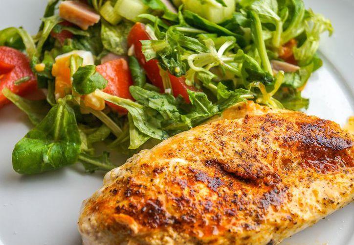 Hasta ahora, el pollo ha sido considerado ampliamente como un alimento saludable. (Foto: Pixabay)