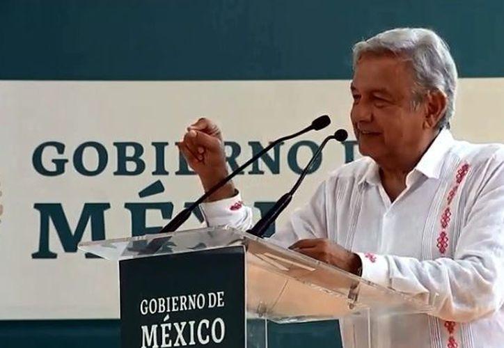 La construcción del Tren Maya, que tendrá un recorrido de mil 500 kilómetros, requiere una inversión de entre 120 y 150 mil millones de pesos, estimó López Obrador. (Agencia Reforma)