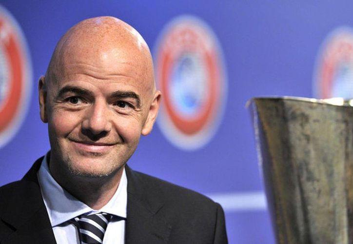 Gianni Infantino, Presidente de FIFA, dio a conocer que buscará realizar la Copa Mundial con la participación de 48 selecciones, algo que nunca ha pasado. (EFE)