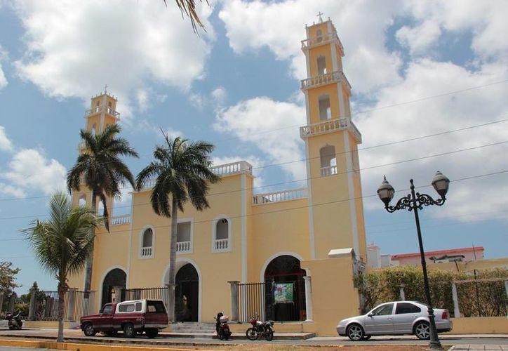 Durante la veneración del Santísimo en el día de Corpus Christi se pedirá por la paz, la sede del evento es la iglesia de San Miguel Arcángel. (Gustavo Villegas/SIPSE)