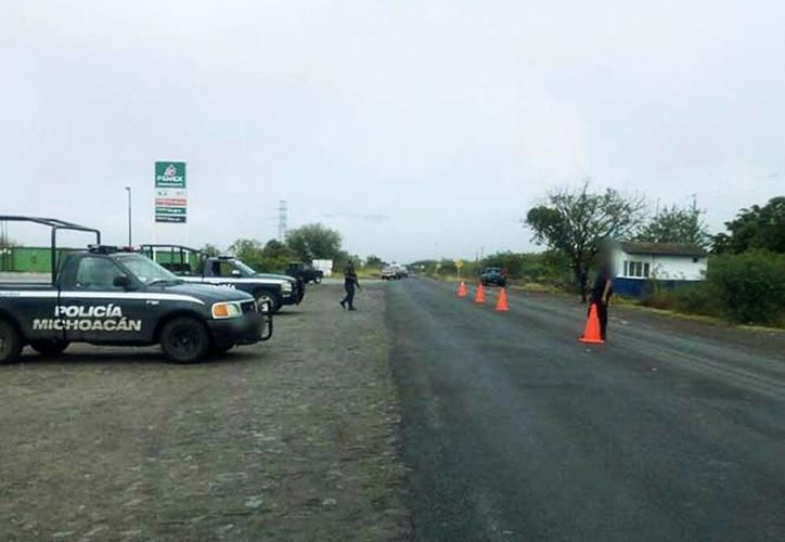 Elementos de la SSP realizan patrullajes en carreteras y brechas, para detectar personas que pudieran estar involucradas en el tiroteo. (Excelsior)