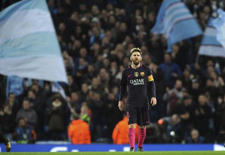 Lionel Messi termina contrato con el FC Barcelona en 2018, año en el que tomará una decisión sobre su futuro futbolístico.(Rui Vieira/AP)