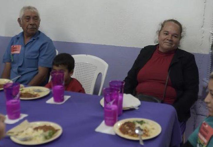 América Latina y El Caribe se convirtieron en la primera región del mundo en comprometerse a erradicar el hambre en forma completa antes de 2025. (Notimex/Foto de contexto)