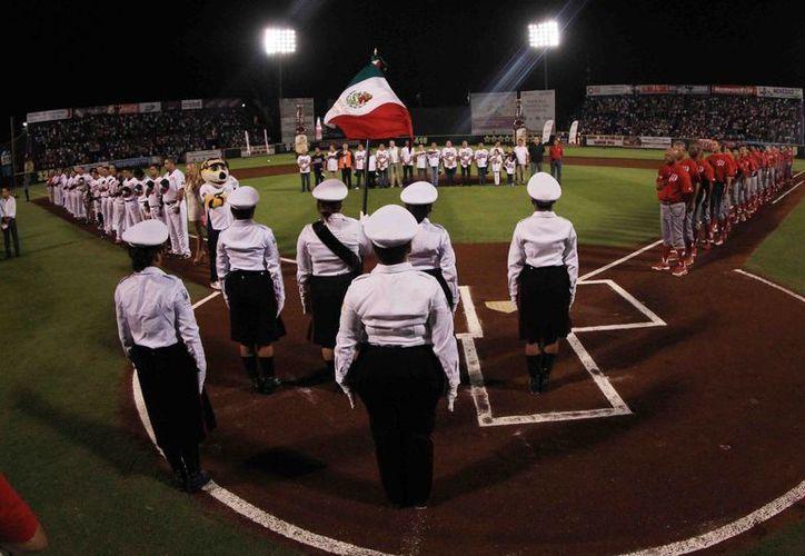 La inauguración será a las 19:30 horas. (Ángel Mazariego/SIPSE)