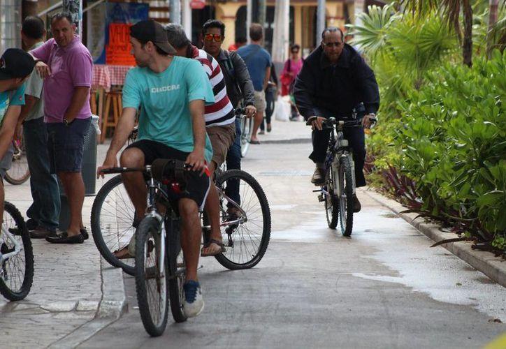 """La iniciativa del programa """"Bicicletando Solidaridad"""" fue presentada ayer ante el Cabildo. (Adrián Barreto/SIPSE)"""