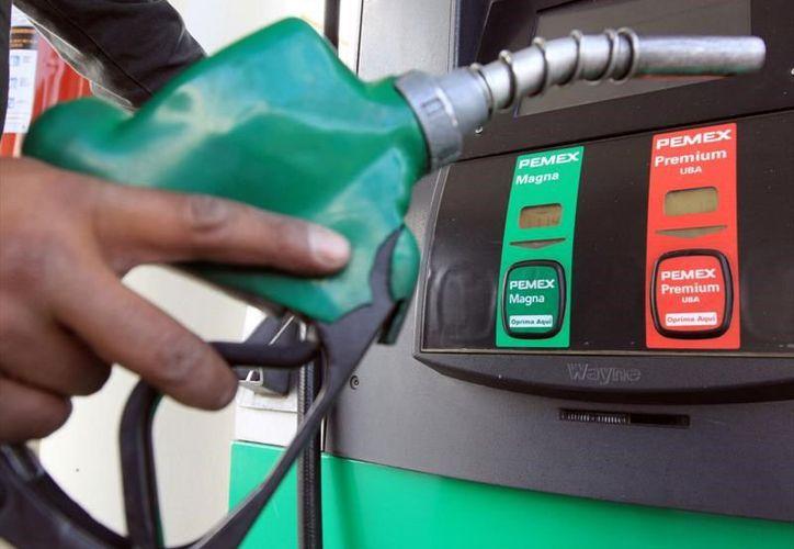 Los precios de la gasolina se mantendrán hasta el miércoles. (Noticias de Autos).