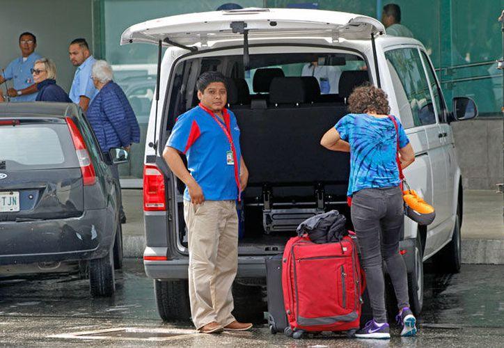 La Ley de Movilidad, para meter orden en el transporte turístico, será analizada por el Congreso del Estado (Jesús Tijerina/SIPSE).