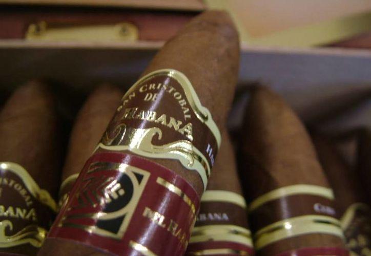 El habano, junto con el ron y el azúcar, son los productos 'estrella' de Cuba. (Agencias)