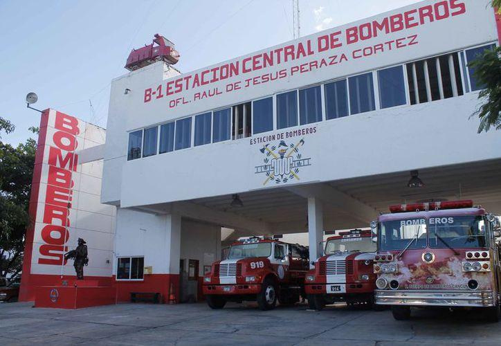 La estación de Bomberos fue edificada en la década de los años 80. (Israel Leal/SIPSE)