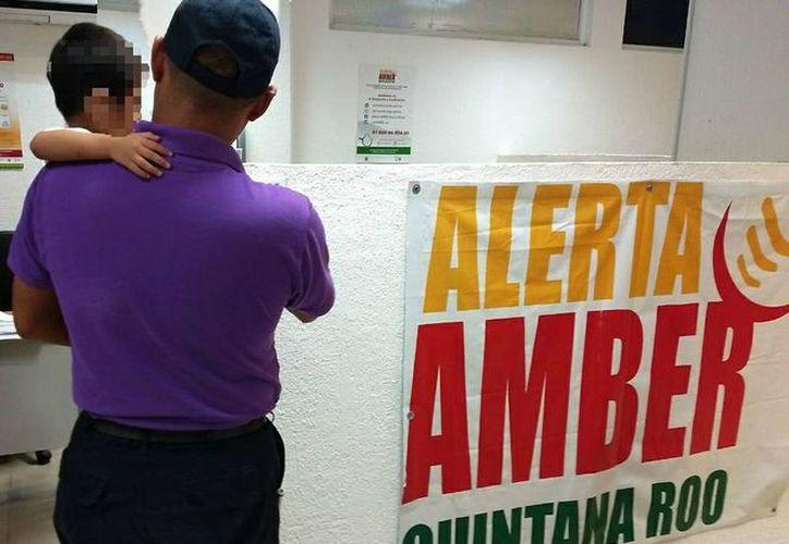 El infante fue llevado con el personal de la Mesa de Protocolo Amber. (Redacción/SIPSE).
