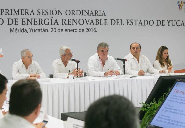 En Yucatán, a través del uso de energías renovables, se aplicarán estrategias para reducir costos por consumo de electricidad y para aumentar inversiones. (Foto cortesía del Gobierno de Yucatán)