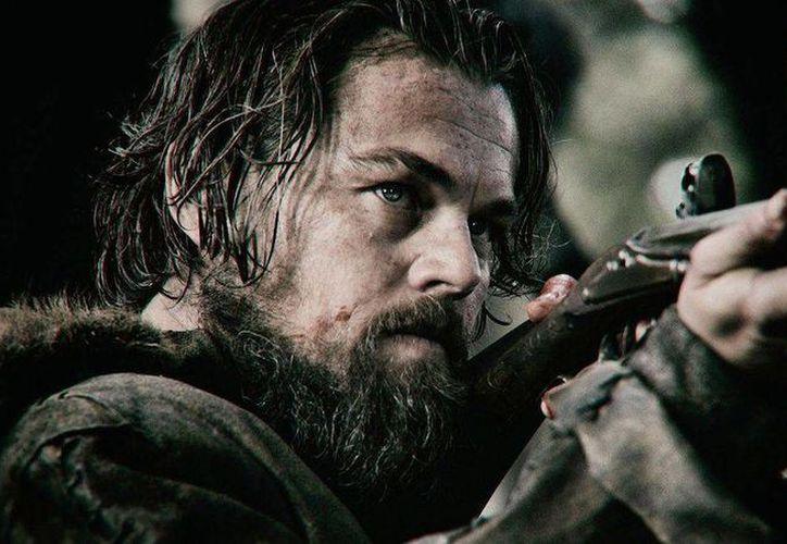 El actor Leonado DiCaprio encarna  en la nueva película 'The Revenant', a Hugh Glass, un explorador del siglo XIX que buscará vengar el asesinato de su hijo. (thenewdaily.com)
