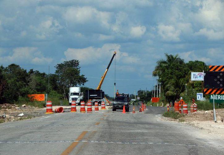 La AMIC busca desterrar el pago de comisiones a políticos en la industria de la construcción, pues esto abarata el costo de las obras, declaró   Francisco Gallo Palmer, líder nacional de la AMIC. (Foto de contexto de SIPSE)