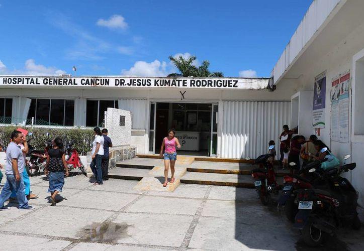 El Hospital General brinda unas 200 consultas al día. (Miguel Ángel Ortiz/SIPSE)