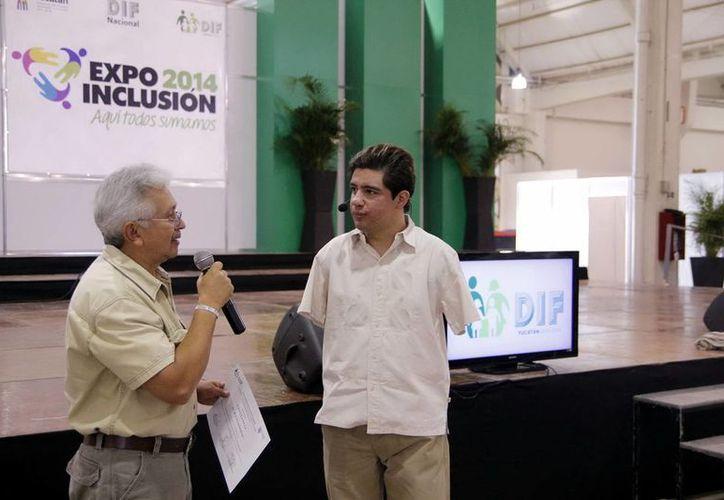 Juan Ignacio Reyes pidió a los asistentes a la Expo Inclusión 2014 no rendirse ante panoramas adversos. (SIPSE)