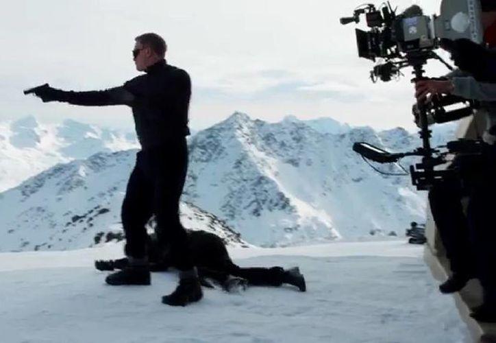 Daniel Craig regresa en el papel de James Bond en la película 'Spectre', a estrenarse en noviembre de este año. (Captura de pantalla de YouTube)