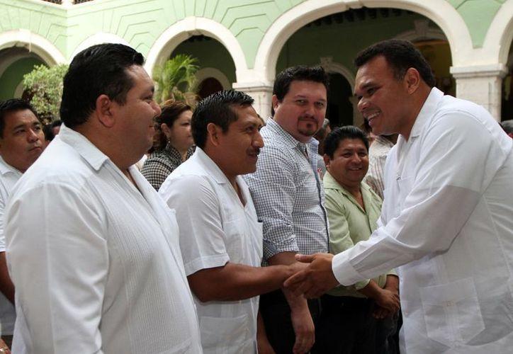 Rolando Zapata se reunió este viernes con los 106 alcaldes de Yucatán. (SIPSE)