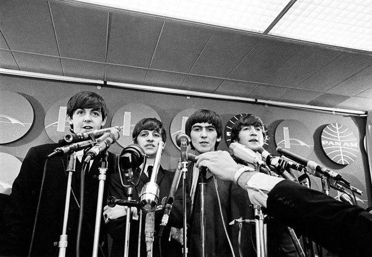 La sombra de la afamada banda inglesa opaca a los hijos de los integrantes de The Beatles. (Facebook/EMI & Apple Corps.)
