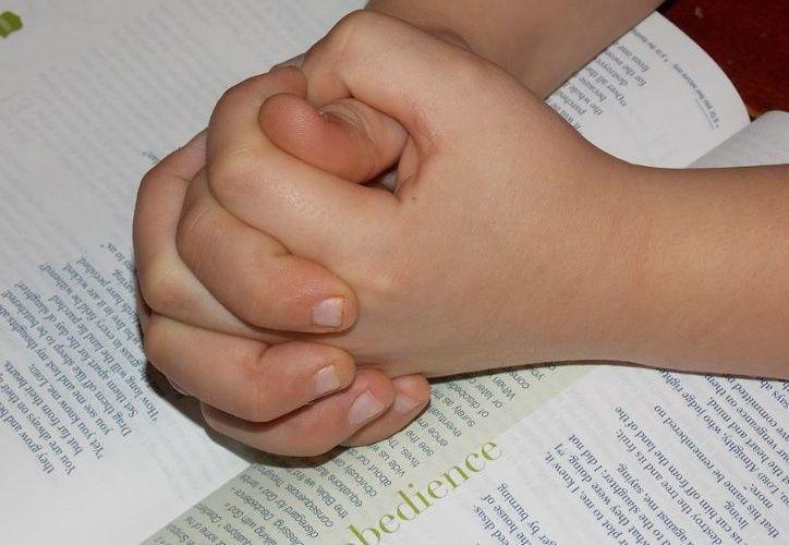 Las pequeñas víctimas fueron identificadas como Desiree de 23 meses y Nathaniel de 11 meses de edad. (El Debate)