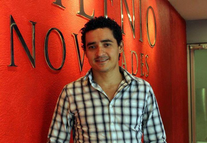 Alberto Ávila, líder de Quinto Tempo, visitó las instalaciones de Milenio Novedades para hablar sobre la participación del grupo en Festival Primavera Cultural. (Milenio Novedades)