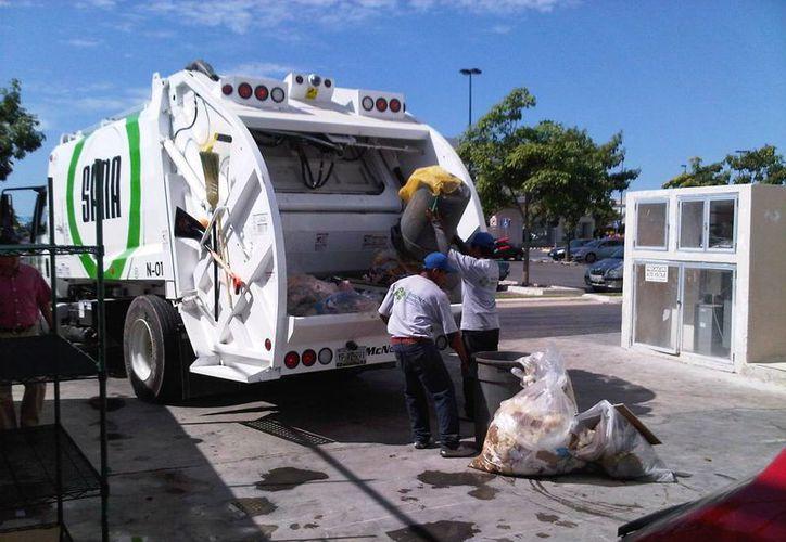 Las empresas Servilimpia y SANA (foto) no recogerán basura este 16 de septiembre en Mérida. (SIPSE)