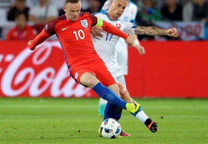 Inglaterra y Eslovaquia empataron a cero en la última jornada del Grupo B. (EFE)