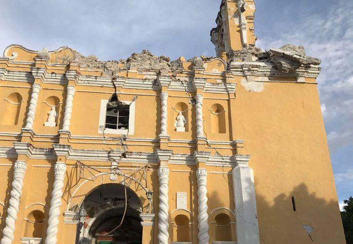 El Episcopado Mexicano tiene identificados mil 850 templos católicos en 11 estados dañados por los sismos de septiembre pasado. (Foto: Telemundo)