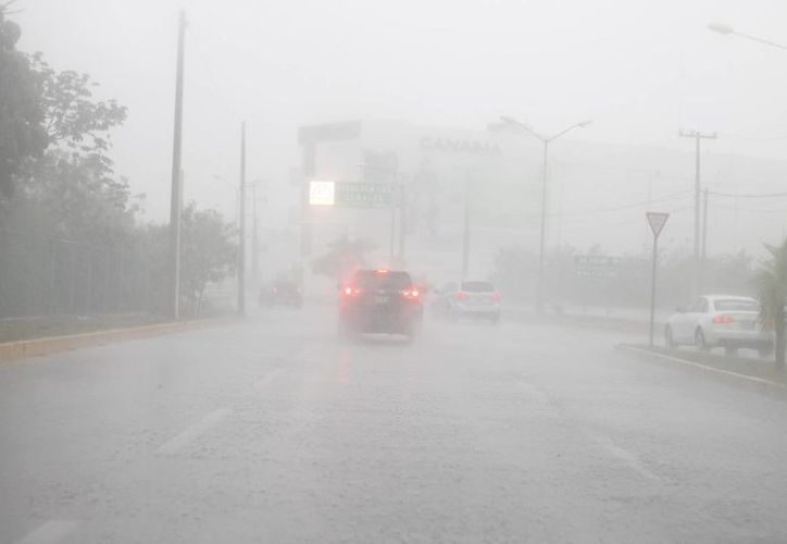 Recomiendan tomar precauciones en caso de lluvias fuertes. (Israel Leal/SIPSE)