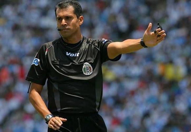 El exsilbante Erim Rodríguez aseguró que en el Futbol Mexicano se protege a algunos jugadores y a algunos equipos desde la Comisión. (mediotiempo.com)