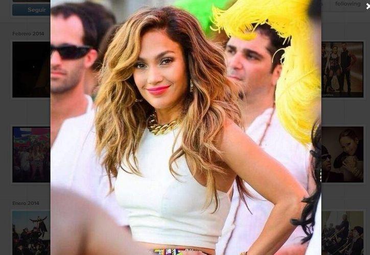 La estancia de Jennifer López en Miami se complementó con la grabación, al lado de Ricky Martín, de temas musicales con motivo del Mundial de Futbol Brasil 2014.  (Jlo/Instagram)