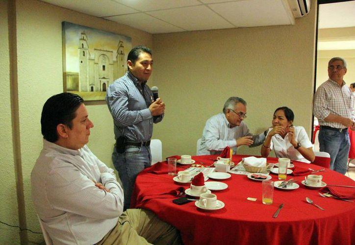 Columnistas del Milenio Novedades expresan visiones diversas. (José Acosta/SIPSE)
