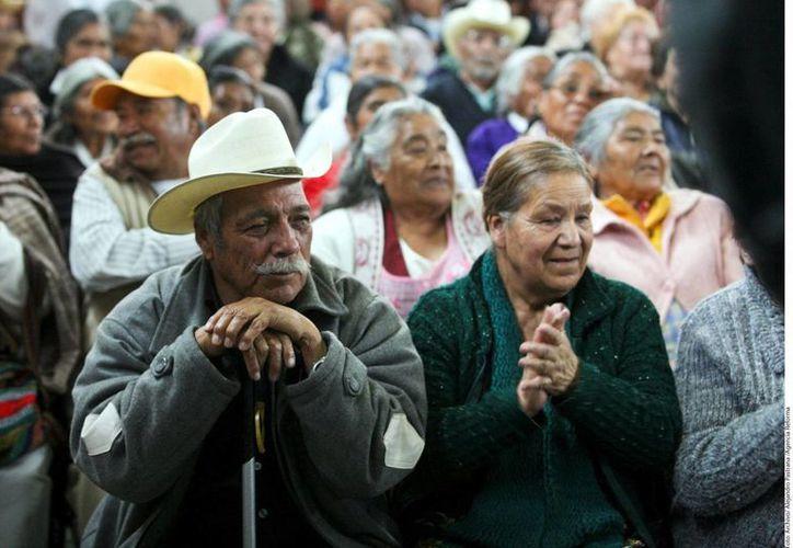 Afirman que la vejez en México será un asunto crítico en las próximas décadas. (Archivo/SIPSE)