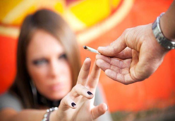 Saber decir no, evita a los jóvenes problemas de adicción a las sustancias prohibidas. (Milenio Novedades)