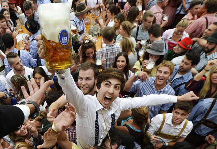 En la capital alemana, el Día del Padre se ha convertido en una excusa para quedar con los colegas y emborracharse. (Contexto/Internet)
