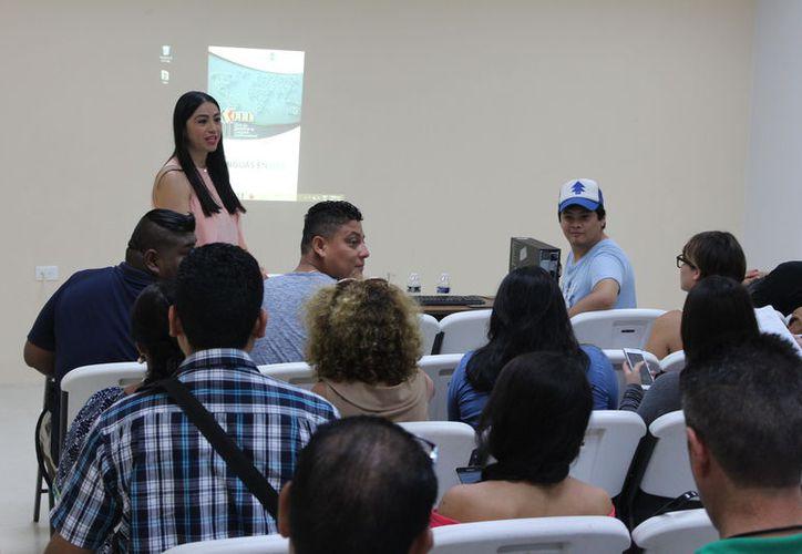 Crean espacio de actualización e intercambio de conocimientos de la enseñanza-aprendizaje de lenguas modernas. (Joel Zamora/SIPSE)